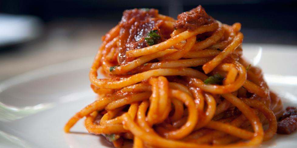 bucatini-amatriciana-ricetta-originale