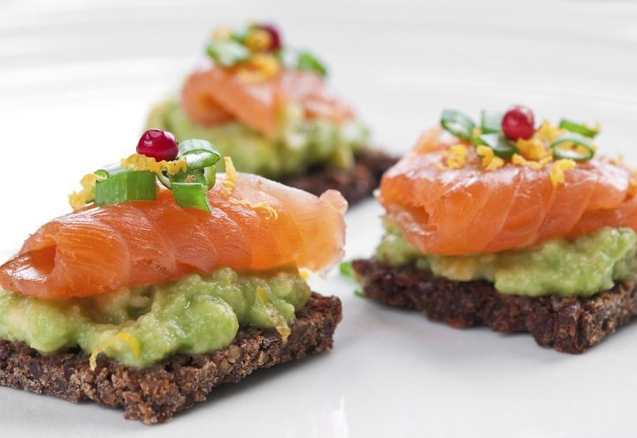 tartine salmone affumicato e avocado