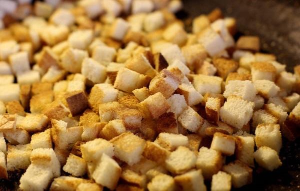 crostini di pane gazpacho ricetta