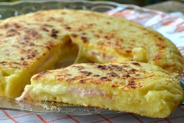 Torta patate prosciutto provola
